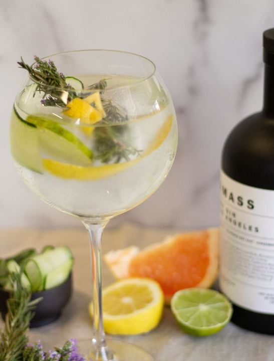 spanish gin and tonic cropped 66733a81 2289 4122 89ed d42945e27364 900x