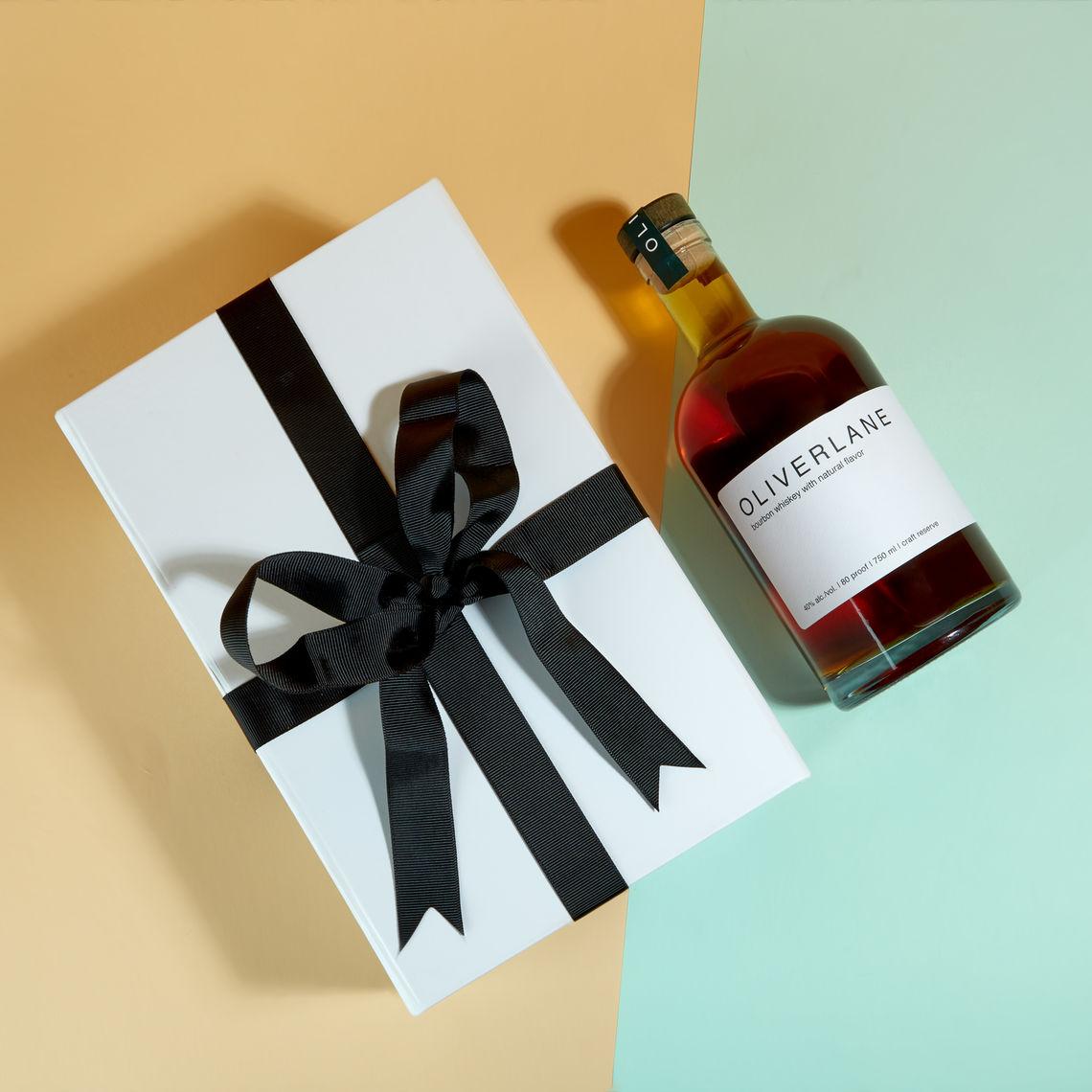 oliverlane whiskey gift