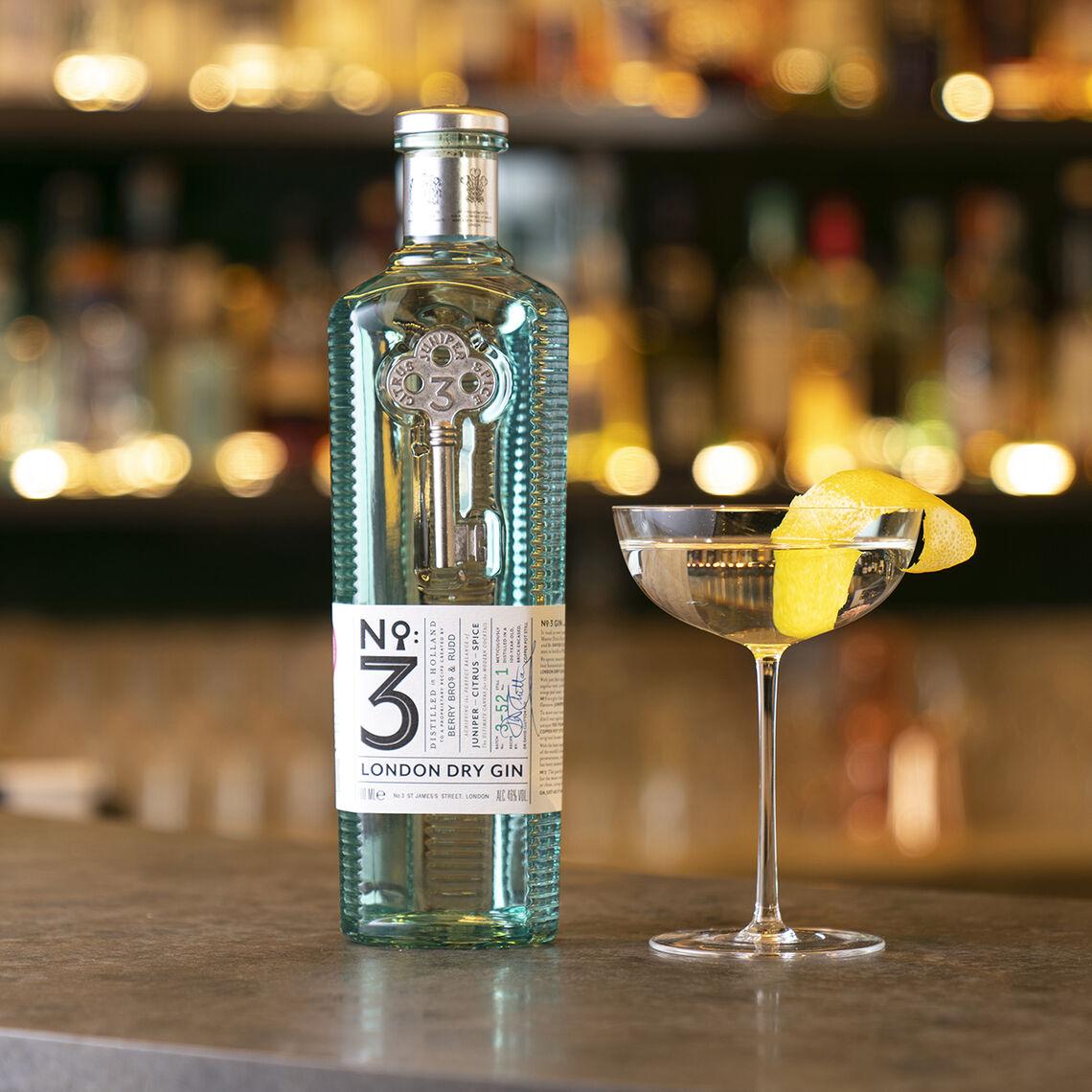 no 3gin martini bar2